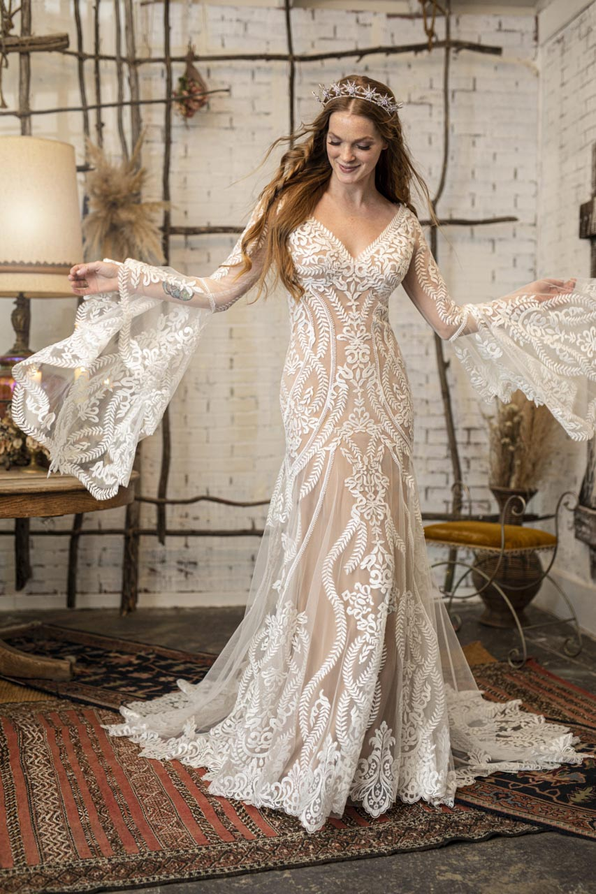 Suknia ślubna All Who Wander Lenox