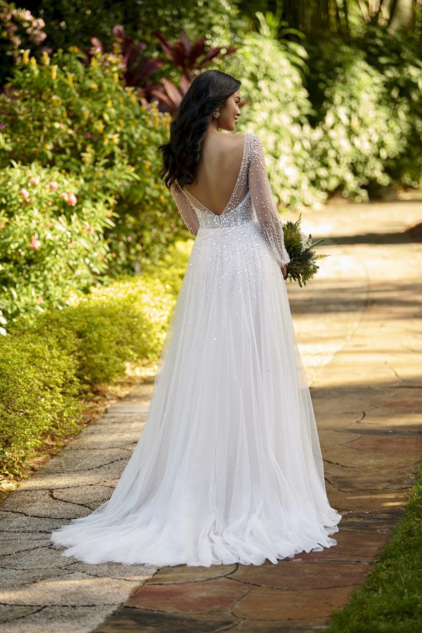 Suknia ślubna Essense of Australia D3216