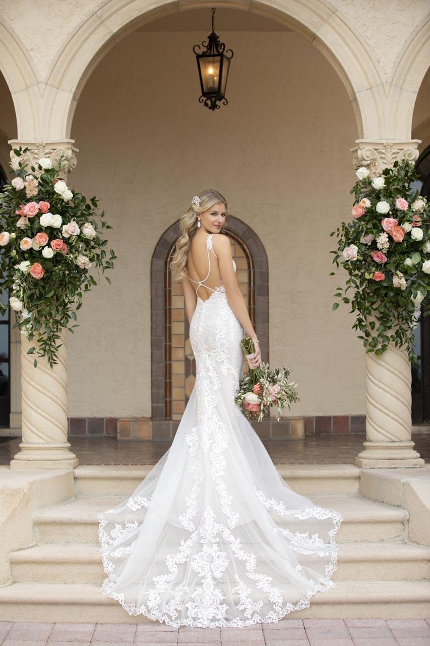Suknia ślubna Stella York 7100